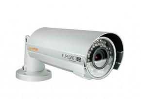 LUPUSNET HD - LE936 Plus       Maximale Details, auch bei Dunkelheit     LUPUSNET HD – Future Security.  LUPUSNET HD ist die Zukunft der Netzwerk-Videoüberwachungstechnik. Die außergewöhnliche Bildqualität der LUPUSNET-Kameras auch bei schlechten Lichtverhältnissen und ihre hervorragende technische Ausstattung, verbunden mit einem vergleichsweise geringen Installationsaufwand machen die LUPUSNET HD-Serie zu einem unschlagbaren Verbündeten für Ihr Projekt. Dabei umfasst die große Auswahl an Kameragehäusen und Ausstattungsvarianten Best-Practice Lösungen für jedes denkbare Anforderungsprofil. Zusammen mit der äußerst konkurrenzfähigen Preisgestaltung aller neuen LUPUSNET HD-Modelle lassen sich IP-Kamera-Projekte kosteneffizienter gestalten als jemals zuvor.     Das IP-Kamera Einstellungen-Menü       Neuerungen der LUPUSNETHD LE936 Plus       4K Auflösung (8MP, 3840x2160 Pixel bei 15 Bildern pro Sekunde) 3.5fach optischer Zoom mit Autofocus - per Ferne steuerbar Überragende Tag- und Nachtsichtqualität Hochwertiges Alu Gehäuse: einfach zu installieren Software und Design made in Germany   Schnell einzurichten, einfach zu bedienen  Das für diese IP-Kameraserie entwicklete Einstellungenmenü, soll den Benutzer einfach und intuitiv durch die Funktionen der Kamera führen. Sollten Sie dennoch Fragen haben, zögern Sie nicht uns anzurufen !     Einstellungen: Bewegungserkennung       Die neuartige LUPUSNET HD Bewegungserkennungsfunktion  Unsere IP-Kameraserie hat eine neuartige Bewegungserkennungsfunktion, die die Anzahl von Fehlalarmen drastisch reduziert. So kann erst dann Alarm ausgelöst und aufgezeichnet werden, wenn sich ein Objekt über eine einstellbare Dauer vor der Kamera bewegt. Hierzu können Sie eine Sensitivität (0-10), die Intensität (0-10) sowie eine Zeit in Sekunden (3-10) angeben. Erst wenn sich das Objekt, wie hier im Beispiel, 3 Sekunden lang bewegt und einen Bewegungsausschlag über der angegebenen Intensität (rote Linie) auslöst, wird Alarm gegeben bzw. aufgez